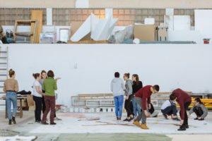 Atelier pédagogique sur Faust à l'atelier peinture de Verntissa, Genève.